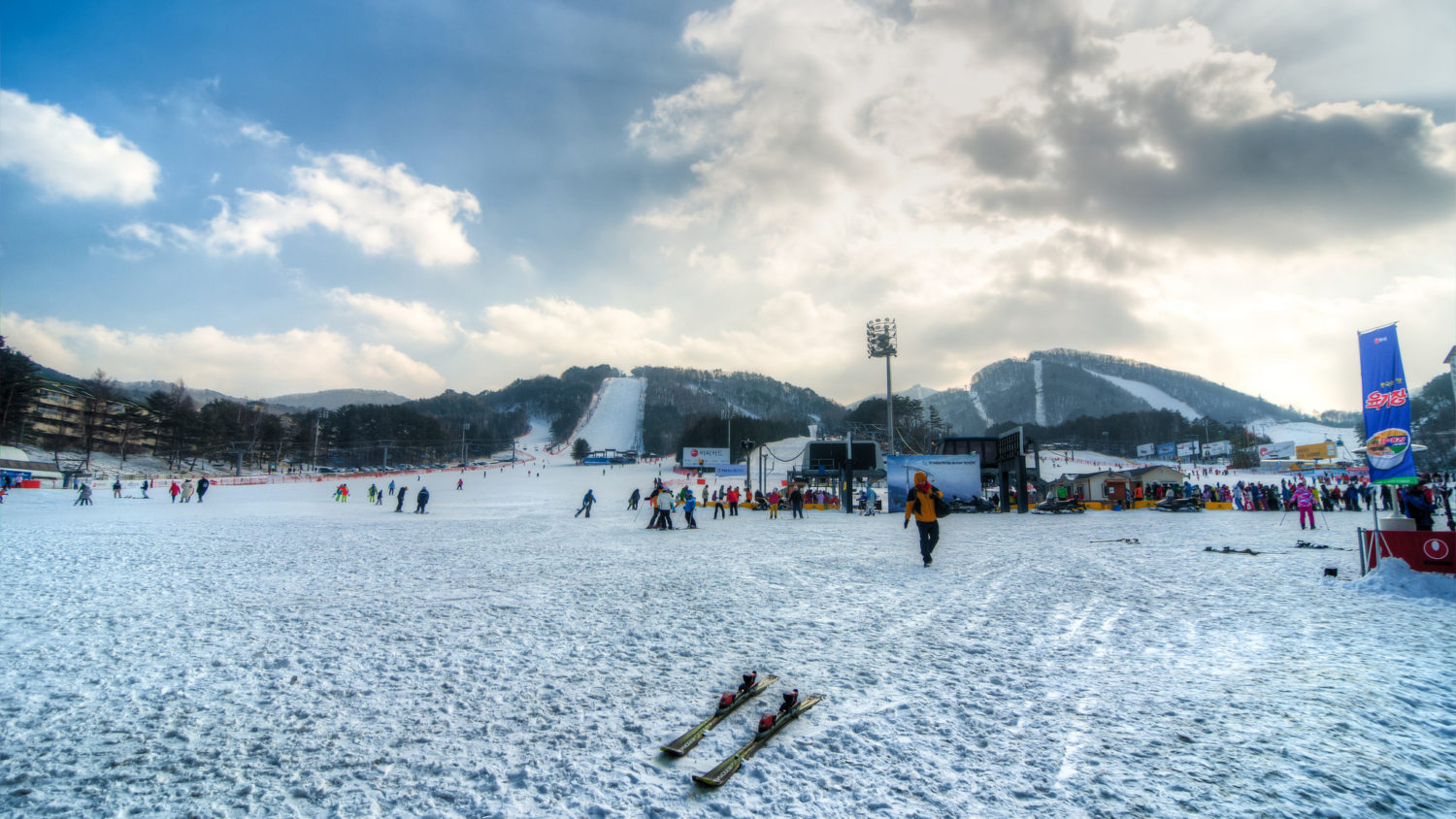 Yongpyong Ski Resort lifts and terrain